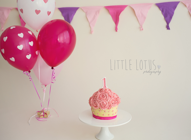 cake smash little lotus photography
